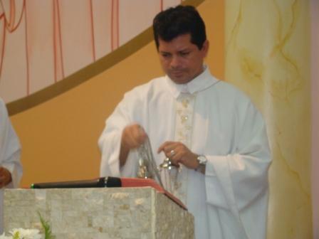 nosso pároco padre hudson