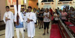Via sacra na Igreja de São Pedro Apóstolo